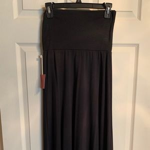 NWT Black maxi skirt